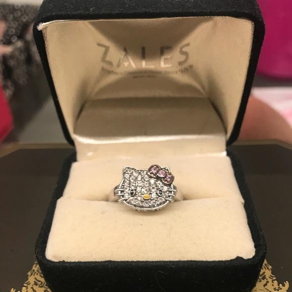 3f9b9da88 Kimora lee Simmons Hello Kitty Ring. M_5b6513d4c2e88e8ddbb57a6b